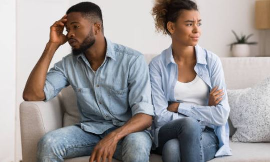 4 clever ways to deal with a lazy partner