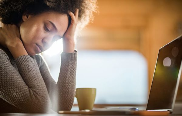 5 things depressed people do that can be misinterpreted as 'laziness'