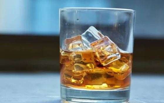 5 surprising ways alcohol may be good for you