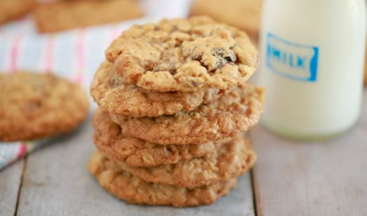 Learn how to prepare your oat cookies with this easy recipe