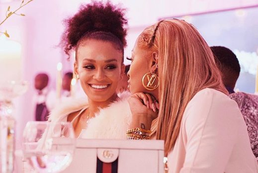 See video of DJ Zinhle and Pearl Thusi cosy moment