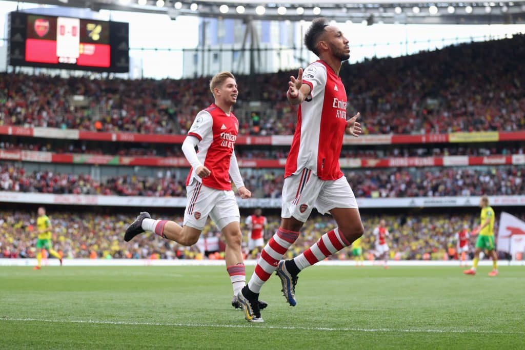 Emile Smith Rowe reveals how Aubameyang is helping him succeed for club & country